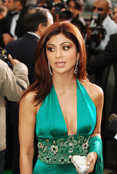 Shilpa Shetty Trends After Literary Gaff