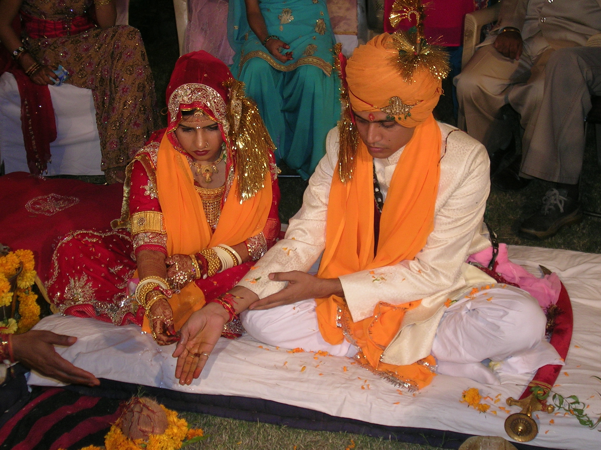 What Does A Hindu Wedding Ceremony Look Like Features Top